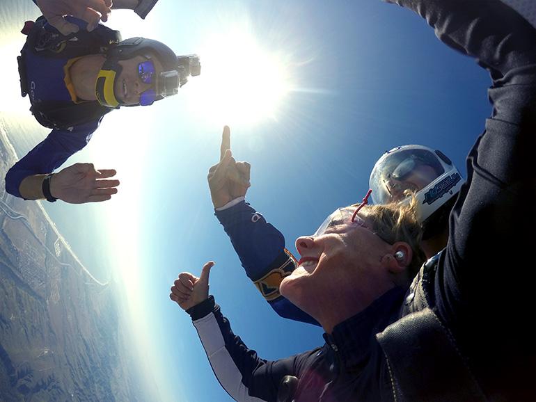 dr hoppe skydive smile camera brent