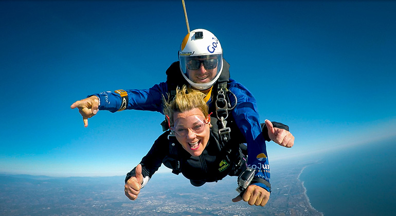 Dr Hoppe Skydive
